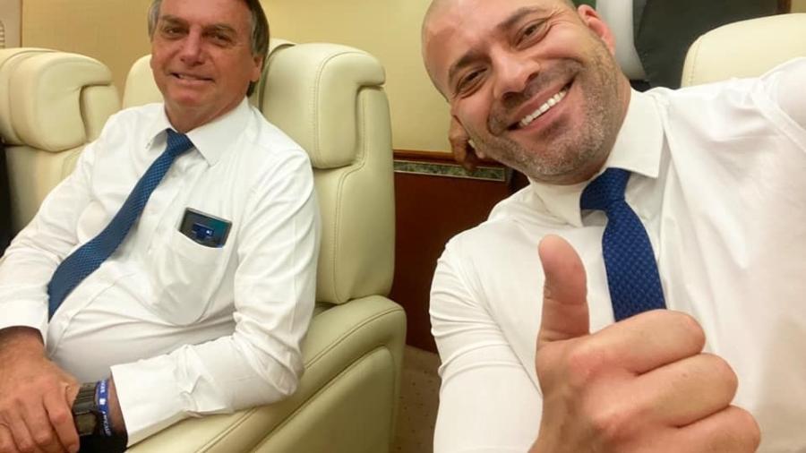 O presidente Jair Bolsonaro (sem partido) em viagem com o deputado federal Daniel Silveira (PSL-RJ) - Reprodução/Facebook Daniel Silveira