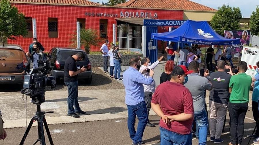 Ao menos cinco pessoas morreram em ataque a facadas em escola de educação infantil de Saudades (SC) - Policia Militar de Santa Catarina