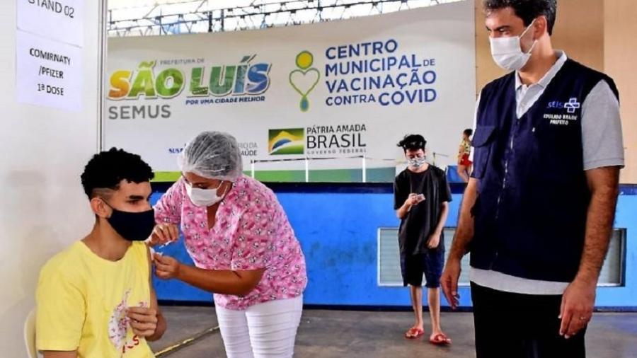 Prefeito de São Luís, Eduardo Braide acompanha vacinação; plano para vacinar adolescentes - Divulgação