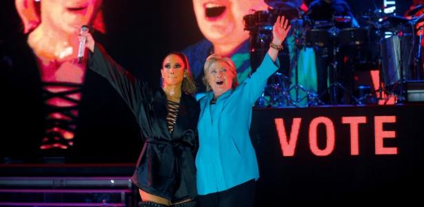Jennifer Lopez e Hillary Clinton aparecem juntas durante show que faz parte da campanha da democrata para a eleição nos EUA, em Miami