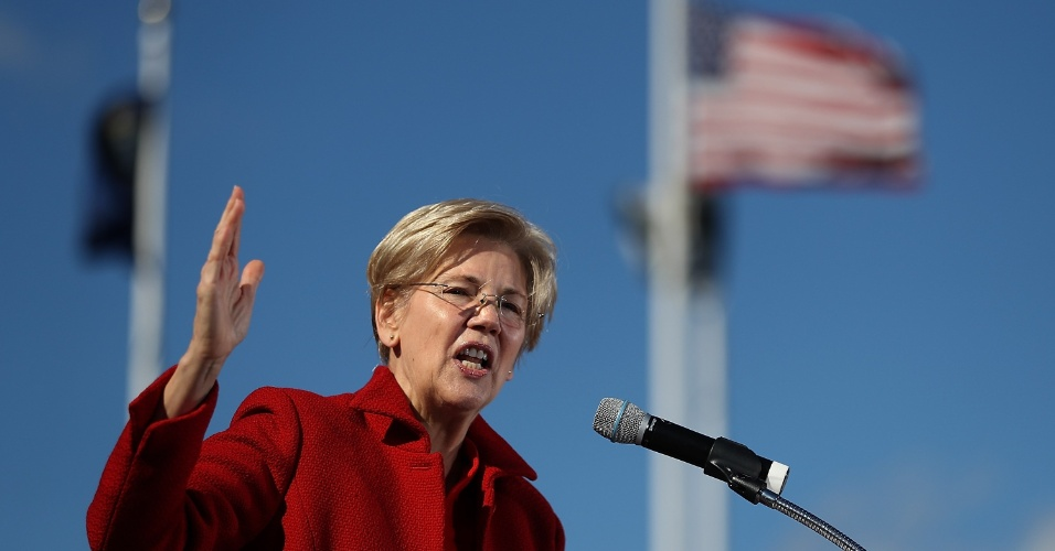 Elizabeth Warren, senadora democrata pelo Estado de Massachussetts