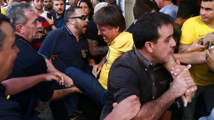 Não viu sangue após a facada sofrida por Bolsonaro? Cirurgião explica