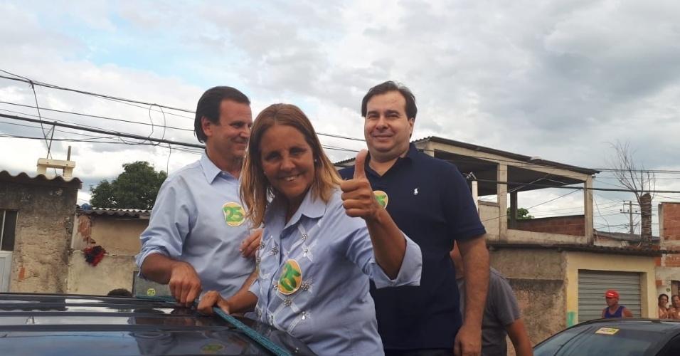 Rodrigo Maia e a deputada Lucinha participaram da carreata de Eduardo Paes em Santa Cruz, na zona oeste do Rio