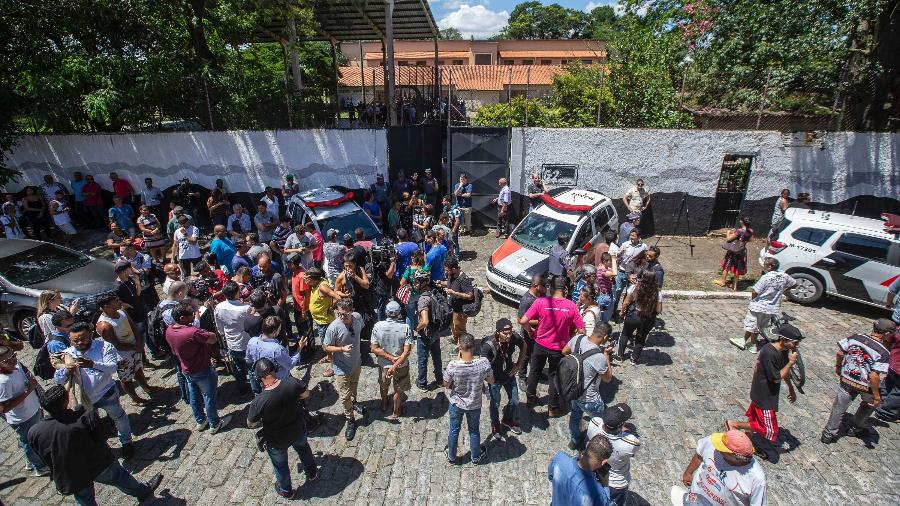 13.mar.2019 - Movimentação após tiroteio ocorrido na Escola Estadual Raul Brasil de Suzano - Suamy Beydoun/Agif/Estadão Conteúdo