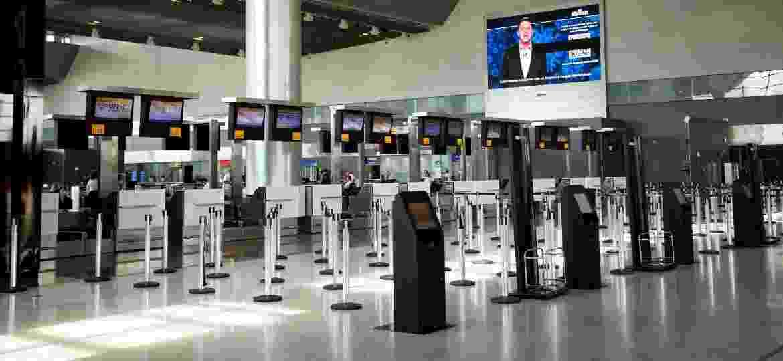 Aeroporto de Guarulhos vazio no dia 15 de março - Carol Coelho/Getty Images