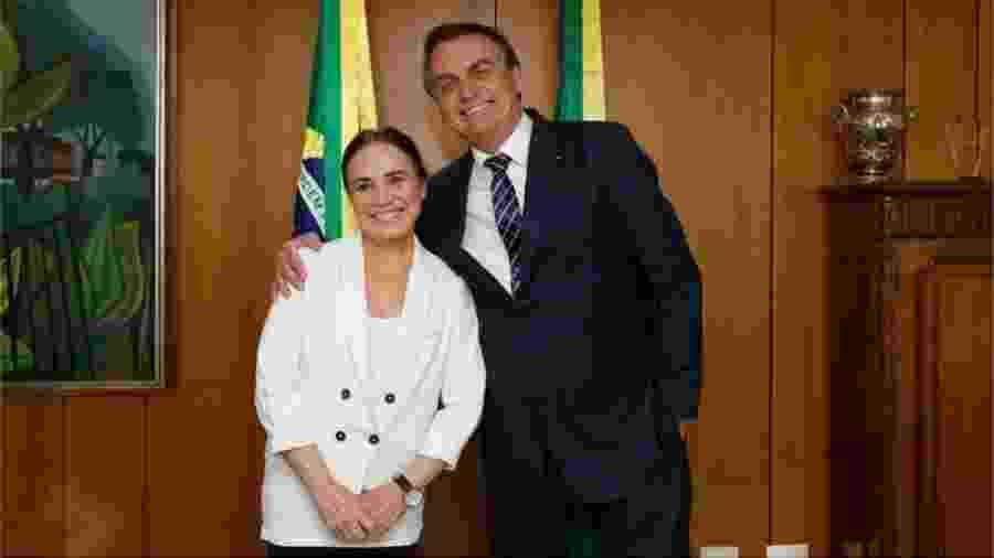 Anúncio da saída foi feito em vídeo em que a atriz aparece ao lado do presidente e divulgado nas redes sociais - Carolina Nunes/PR