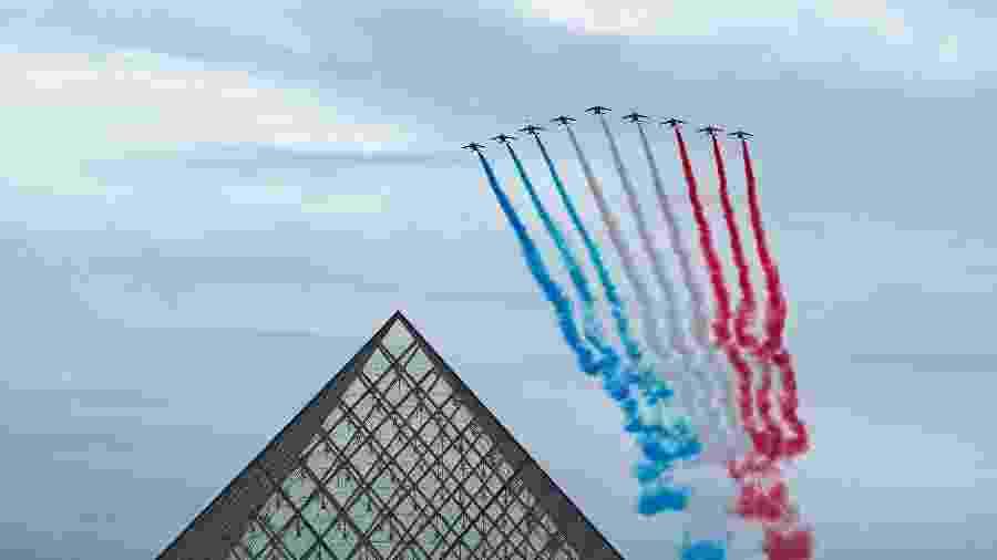 14.jul.2020 - Patrulha celebra o dia da Queda da Bastilha em Paris, na França - Getty Images