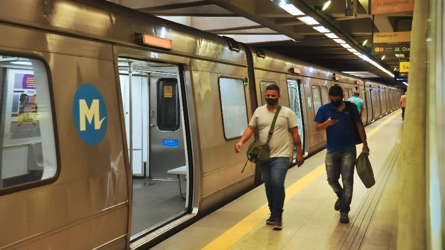 Passagem no metrô do RJ aumentou de R$ 5 para R$5,80, reajuste considerado abusivo pelo MP - Saulo Ângelo/Futura Press/Estadão Conteúdo