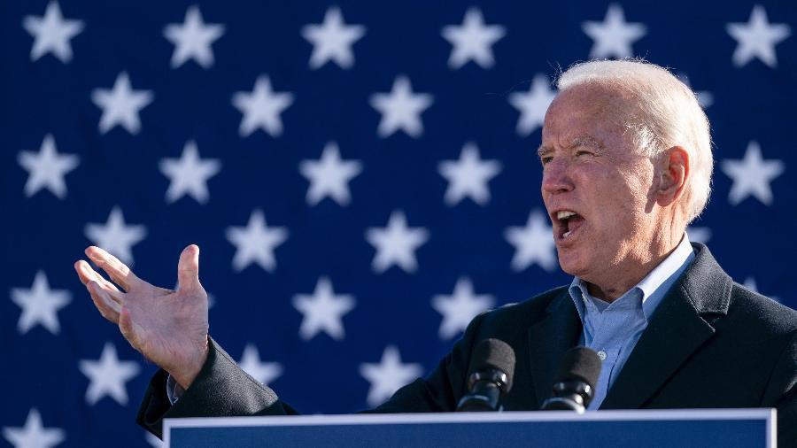 Joe Biden, candidato democrata à presidência dos EUA, vai pouco a pouco se aproximando de Trump em estado que pode definir as eleições - Drew Angerer/Getty Images