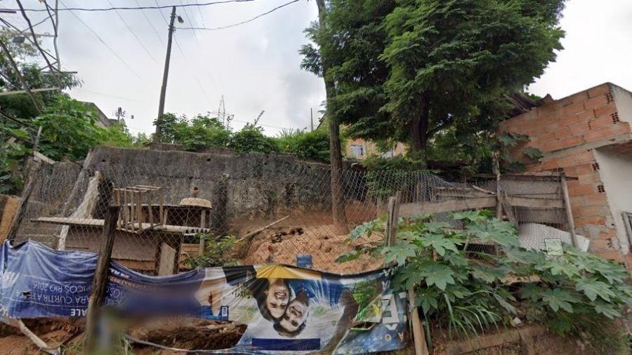 Local onde o corpo foi encontrado, em uma rua estreita de Belo Horizonte (MG) - Reprodução/Google Street View