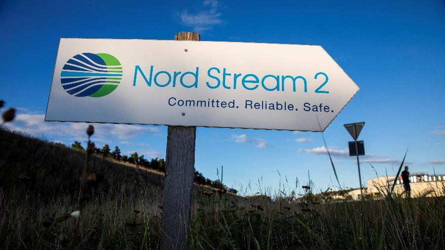 7.set.2020 - Placa direciona para a entrada da instalação de aterramento da linha de gás Nord Stream 2 em Lubmin, no nordeste da Alemanha - Odd Andersen/AFP