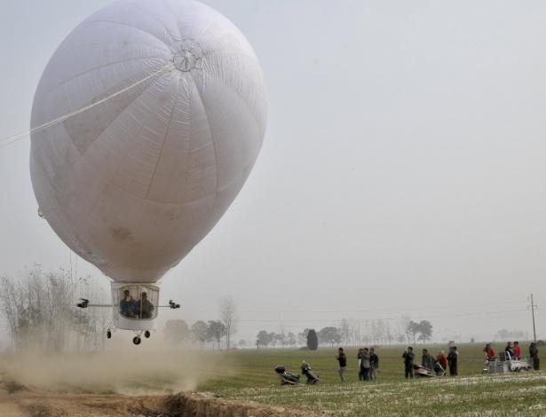 "O zepelim construído pelo chinê Shi Songbo em Ningling, na província de Henan, na China - ""China Daily""/Reuters"