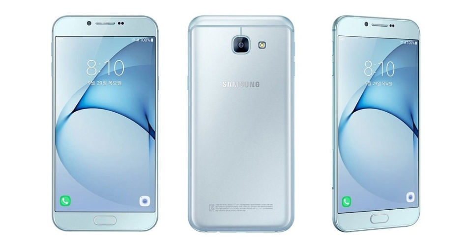 30.set.2016 - O smartphone Galaxy A8 2016 foi anunciado na Coreia do Sul nesta sexta-feira. De modo geral, suas especificações remetem aos modelos de ponta do ano passado, como o Galaxy S6 da própria Samsung: tela de 5,7 polegadas com resolução Full HD, câmera principal de 16 MP e frontal de 8 MP, processador Exynos 7420 Octa-core (velocidades de 2,1 GHz e 1,5 GHz) e 3 GB de memória RAM, 32 GB de armazenamento e Android 6.0 de fábrica. Seu preço na Coreia do Sul é 649 mil won (US$ 580, ou R$ 1.890). Por enquanto não há previsão de venda para outros países