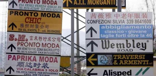 Placas em Prato, na Itália