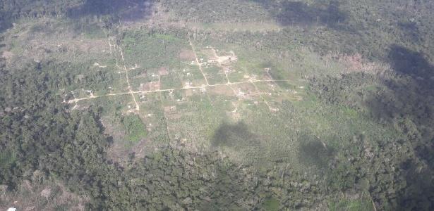 As mortes ocorreram numa área próxima a um assentamento na zona rural. Para chegar no local, é preciso usar uma estrada de terra e barcos - Divulgação/Polícia Civil MT