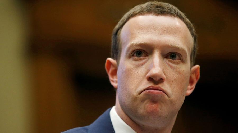 CEO do Facebook, Mark Zuckerberg quer integrar a estrutura de WhatsApp, Instagram e Facebook Messenger para que o usuário de um desses serviços consiga mandar mensagem para alguém com conta em outro dos apps. - Leah Millis / Reuters