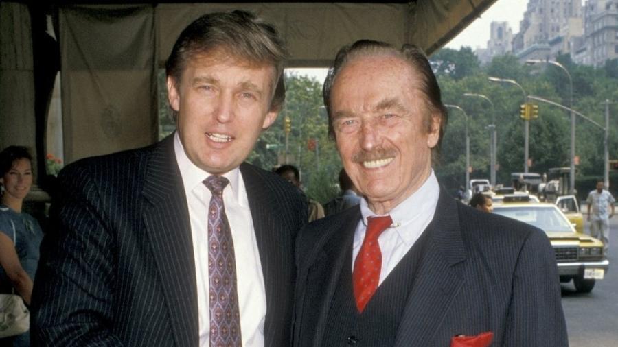 Donald Trump e Fred Trump em 1988; filho diz ter herdado estilo de negócios do pai; uma reportagem alega que ele herdou também uma fortuna multimilionária - Getty Images