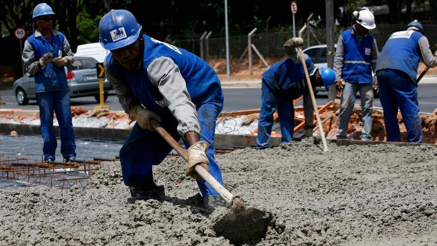 Já o volume de vendas de cimento por dia útil, melhor indicador do setor, registrou 237,2 mil toneladas, um aumento de 8,2% - Washington Alves