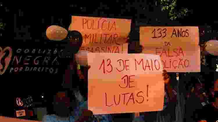 Ato contra o racismo foi realizado nesta quinta-feira (13) nas ruas do Rio de Janeiro - JOSE LUCENA/THENEWS2/ESTADÃO CONTEÚDO - JOSE LUCENA/THENEWS2/ESTADÃO CONTEÚDO