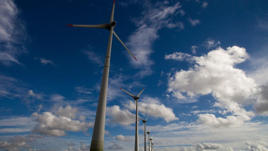 Investimento em energias renováveis, como a eólica (vento), é um dos caminhos apontados por especialistas - Ricardo Funari/Brazil Photos/LightRocket via Getty Images