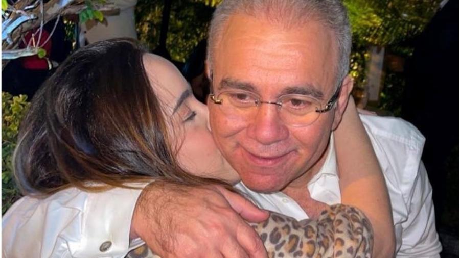 Daniella Queiroga e o pai, o ministro da Saúde, Marcelo Queiroga - Reprodução: Instagram