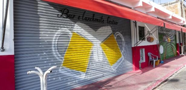Fachada do bar onde seis pessoas morreram em uma chacina no Jaçanã