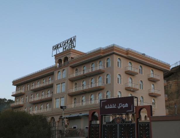 O hotel de alto padrão Gholghola, que possuí 38 funcionários, em Bamiyan, no Afeganistão