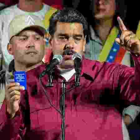 Dezenas de partidos de oposição estão se recusando a participar das eleições na Venezuela - Juan Barrreto/AFP