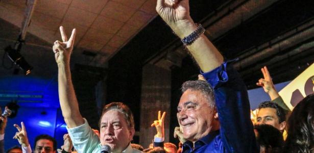 Ao lado de Paulo Rabello de Castro, Alvaro Dias participa de convenção do Podemos