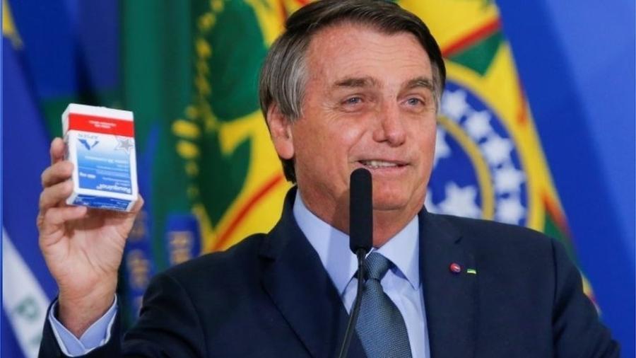 Bolsonaro disse ter usado cloroquina para se tratar da covid-19 - Reuters