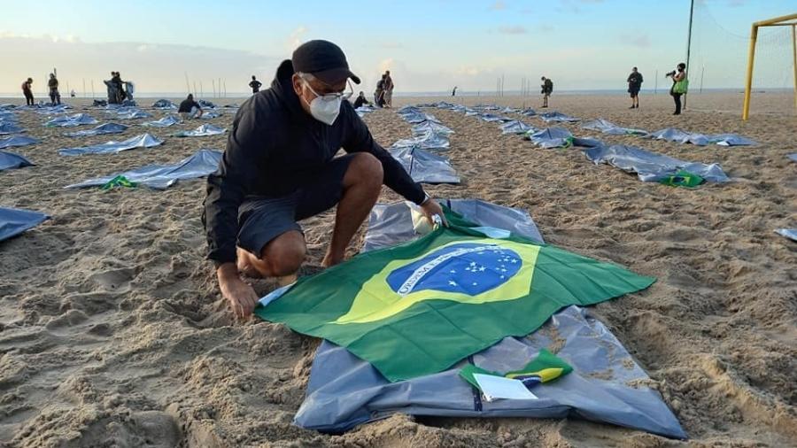 ONG Rio de Paz faz manifestação em memória aos mais de 400 mil brasileiros mortos pela covid-19 - ONG Rio de Paz/Divulgação