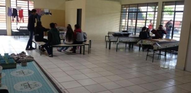 Escola ocupada por estudantes no Paraná