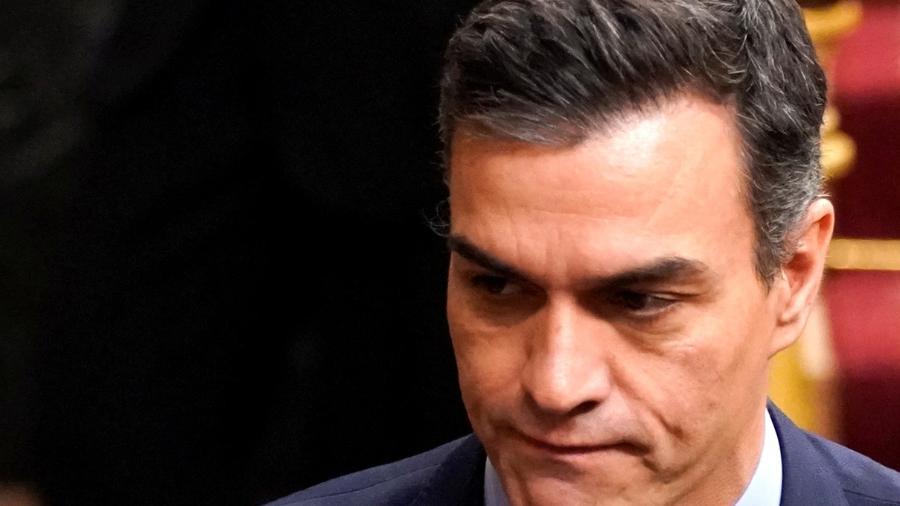 Primeiro-ministro interino da Espanha, Pedro Sánchez, no Parlamento em Madri -