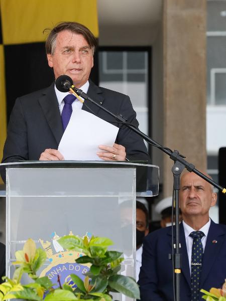 O presidente Jair Bolsonaro (sem partido) em cerimônia da Marinha no Rio de Janeiro - Isac Nobréga/PR