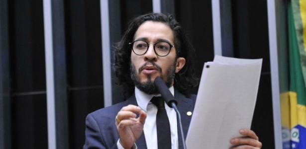 Jean Wyllys tentou impedir o voto do presidente da Câmara Eduardo Cunha