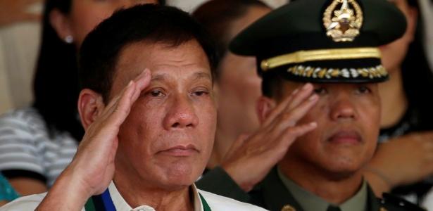 Quase 6.000 morreram na campanha nacional contra as drogas de Rodrigo Duterte (f)