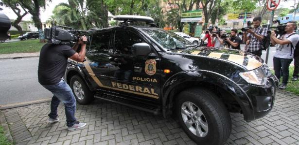 Polícia Federal na sede da Justiça Federal em Curitiba