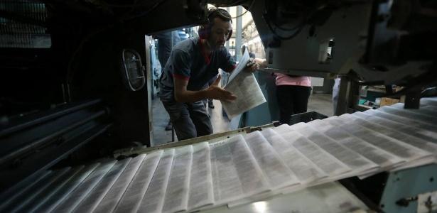Todos os funcionários envolvidos no trabalho de impressão do jornal serão realocados em outros projetos da casa