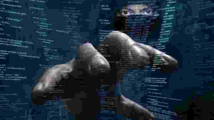 As brechas identificadas podem permitir que hackers controlem o celular atacado - Getty - Getty