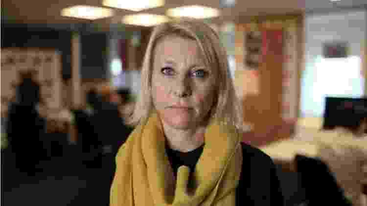 A jornalista Annemarte Moland mapeou uma rede de jovens na Noruega que fazem posts incentivando o suicídio - BBC