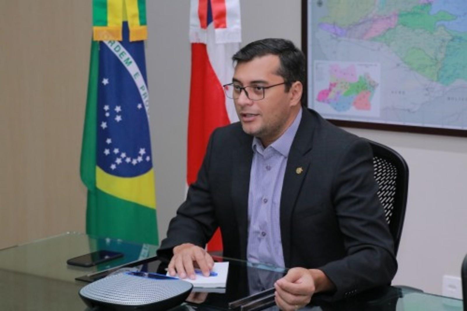 Governador do AM rebate críticas de Arthur Virgílio