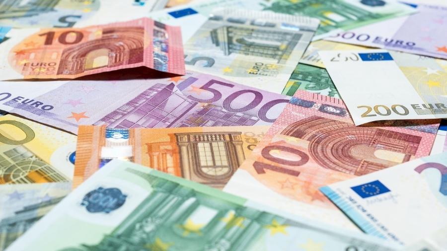 O PIB dos 19 países que compartilham o euro recuou 0,6% no comparativo trimestral - Getty Images/iStockphoto