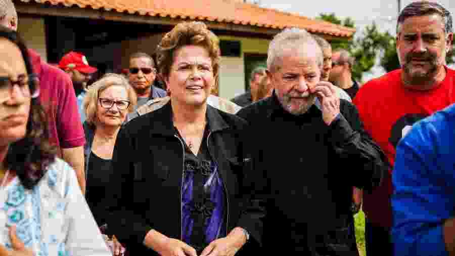 O ex-presidente Luiz Inácio Lula da Silva (PT), acompanhado da ex-presidente, Dilma Rousseff - Ricardo Marchetti/Estadão Conteúdo