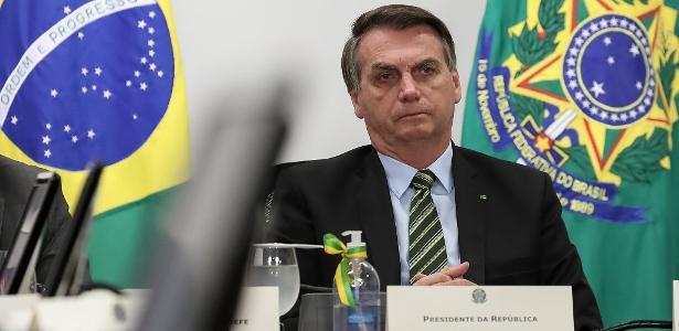 Bolsonaro veta ampliação de auxílio emergencial de R$ 600 a árbitros