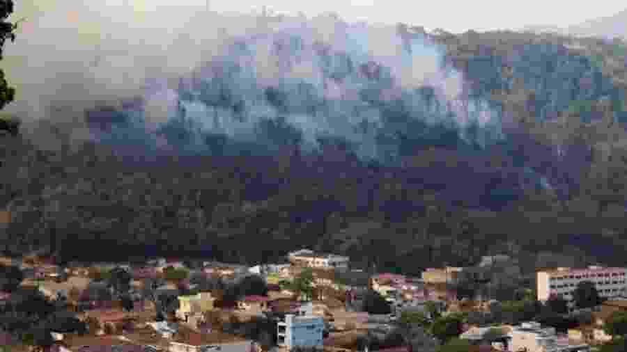 Incêndio atinge o Parque Estadual de Águas da Prata, em São João da Boa Vista. - Divulgação/Prefeitura de São João da Boa Vista