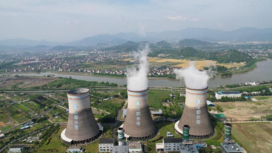 16.jul.2021 - Usina termelétrica em Hangzhou; a China pretende ser um dos líderes mundiais no tema climático - STR/AFP