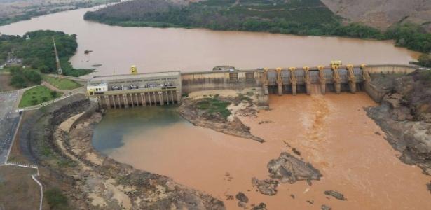 Água com lama se acumula em barragem do rio Doce no Espírito Santo - Divulgação/Governo do Espírito Santo