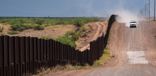 Proposta de Donald Trump inclui a construção de uma muralha na fronteira com o México