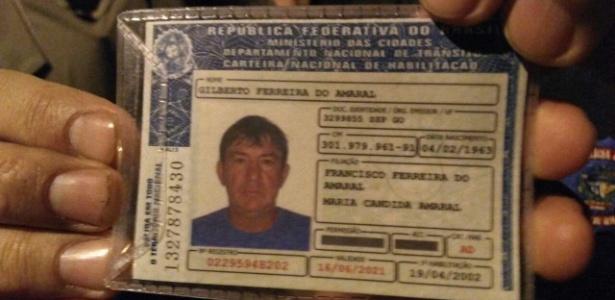 Carteira de motorista do servidor público Gilberto Ferreira Amaral, que atirou e matou o ex-prefeito de Itumbiara José Gomes