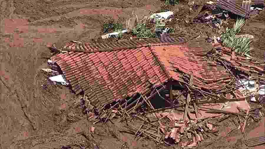 25.jan.2019 - Imagem aérea da lama que se espalhou pela região de Brumadinho (MG) após rompimento uma barragem da mineradora Vale - Reprodução/TV Globo